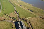 Nederland, Gelderland, Wageningen, 11-02-2008; Plasserwaard, oud fabrieksgebouw, voormalige steenfabriek ten zuidwesten van Wageningen; industrieel monument; de uiterwaard dient als waterberging, het weiland is onderdeel van de ecologische hoofdstructuur..luchtfoto (toeslag); aerial photo (additional fee required); .foto Siebe Swart / photo Siebe Swart