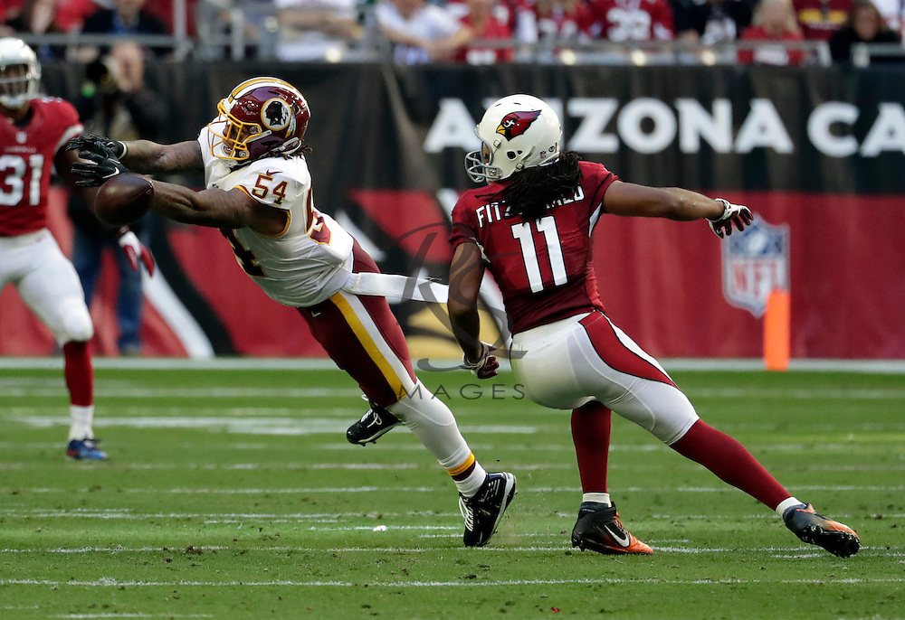 Washington Redskins inside linebacker Mason Foster (54)during an NFL football game against the Arizona Cardinals, Sunday, Dec. 4, 2016, in Glendale, Ariz. (AP Photo/Rick Scuteri)