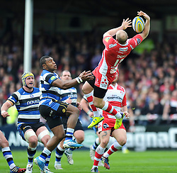 Mike Tindall (Gloucester) claims the ball in the air - Photo mandatory by-line: Patrick Khachfe/JMP - Tel: Mobile: 07966 386802 12/04/2014 - SPORT - RUGBY UNION - Kingsholm Stadium, Gloucester - Gloucester Rugby v Bath Rugby - Aviva Premiership.