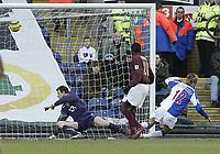 Photo: Aidan Ellis.<br /> Blackburn Rovers v Arsenal. The Barclays Premiership. 25/02/2006.<br /> Blackburn's Morten Gamst Pedersen scores the first goal