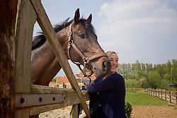 Hymne Rydant, osteopathie<br /> Health & Trainingscenter Equiatros<br /> Scheldewindeke 2011<br /> © Dirk Caremans