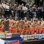 NLD/Amsterdam/20080802 - Canal Parade 2008 Amsterdam, boot van Gayswim Amsterdam, linksvoor Emilangelo Locadia