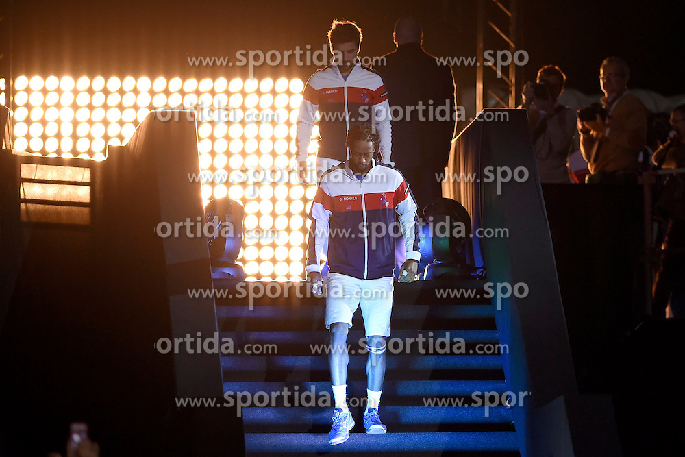 21.11.2014, Stade Pierre Mauroy, Lille, FRA, Davis Cup Finale, Frankreich vs Schweiz, im Bild Gael Monfils (FRA) auf dem Weg zum Center Court // during the Davis Cup Final between France and Switzerland at the Stade Pierre Mauroy in Lille, France on 2014/11/21. EXPA Pictures &copy; 2014, PhotoCredit: EXPA/ Freshfocus/ Valeriano Di Domenico<br /> <br /> *****ATTENTION - for AUT, SLO, CRO, SRB, BIH, MAZ only*****