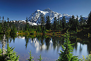 USA, Washington, Mount Shuksan, Mount Baker-Snoqualamie National Forest