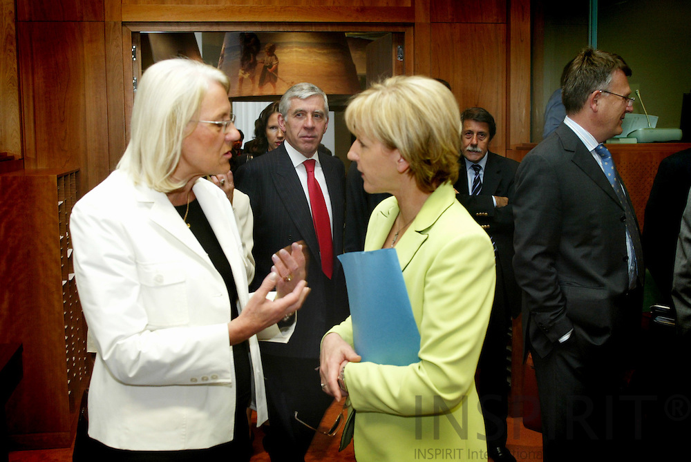 BRUSSELS - BELGIUM - 23 MAY 2005 --GENERAL AFFAIRS AND EXTERNAL RELATIONS--Laila FREIVALDS (L), Swedish Minister for Foreign Affairs, and Margot WALLSTRÖM (R) (Wallstroem, Wallstrom), EU Commissioner.-- PHOTO: ERIK LUNTANG / INSPIRIT..