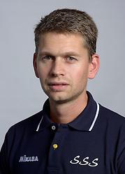 24-10-2012 VOLLEYBAL: SSS TEAMSELECTIE 2012-2013: BARNEVELD<br /> Photoshoot SSS Barneveld seizoen 2012 - 2013 / Trainer Coach Edward Kamphuis<br /> ©2012-FotoHoogendoorn.nl