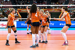 15-10-2018 JPN: World Championship Volleyball Women day 16, Nagoya<br /> Netherlands - USA 3-2 / Maret Balkestein-Grothues #6 of Netherlands, Laura Dijkema #14 of Netherlands, Lonneke Sloetjes #10 of Netherlands