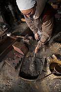 &quot;Tsumi-wakashi&quot; (build up and boil) is this moment in making a sword called.<br /> <br /> Yasha Yukawa, swordsmith in Hofu, Yamaguchi Prefekture, Japan<br /> Photographer: Christina Sjogren<br /> Copyright 2018, All Rights Reserved<br /> <br /> &quot;Tsumi-wakashi&quot; (bygga upp och koka) kallas detta moment i sv&auml;rdsmidet.<br /> <br /> Yasha Yukawa, sv&auml;rdsmed i Hofu, Yamaguchi Prefektur, Japan<br /> Fotograf: Christina Sj&ouml;gren<br /> Copyright 2018, All Rights Reserved
