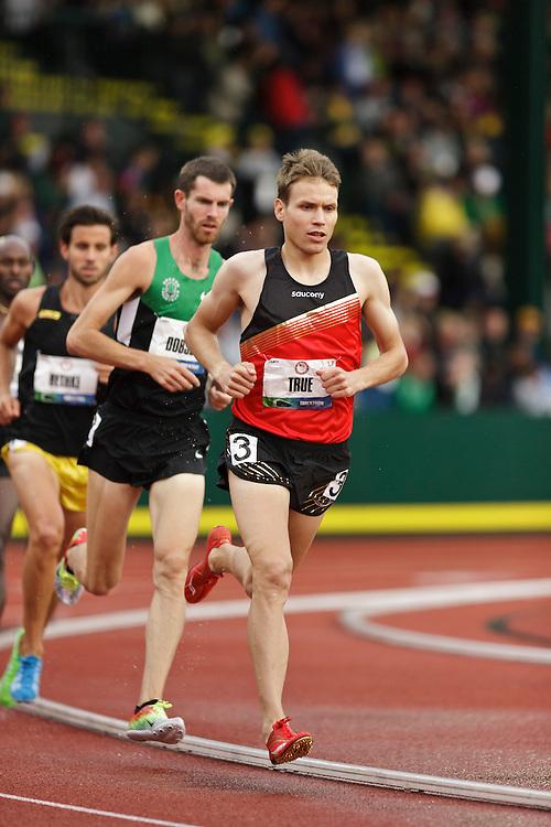 men's 5000 meters, heat: Ben True