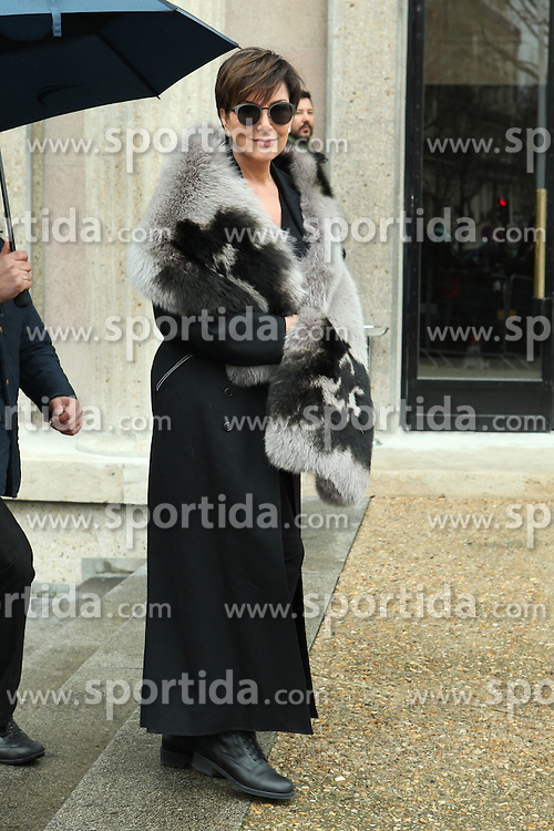 Kris Jenner arrives at the Miu Miu show as part of the Paris Fashion Week Womenswear Fall, Winter 2016, 2017 on March 9, 2016 in Paris, France. EXPA Pictures © 2016, PhotoCredit: EXPA/ Photoshot/ Zenon Stefaniak<br /> <br /> *****ATTENTION - for AUT, SLO, CRO, SRB, BIH, MAZ, SUI only*****