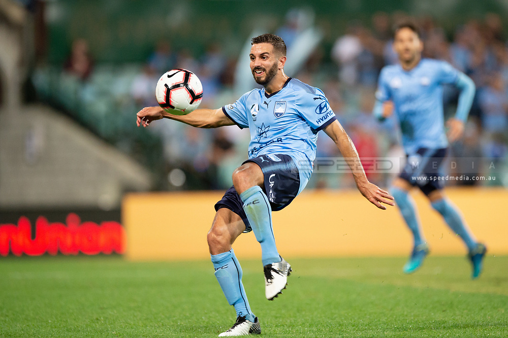 SYDNEY, AUSTRALIA - APRIL 06: Sydney FC defender Michael Zullo (7) goes to kick the ball at round 24 of the Hyundai A-League Soccer between Sydney FC and Melbourne Victory on April 06, 2019, at The Sydney Cricket Ground in Sydney, Australia. (Photo by Speed Media/Icon Sportswire)