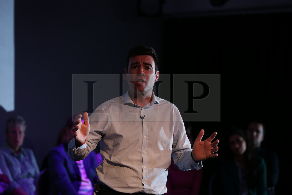 © Licensed to London News Pictures  . 05/09/2015 . Manchester , UK . A rally for Andy Burnham's campaign to be the next leader of the Labour Party , at Kings House Conference Centre in Manchester . Photo credit: Joel Goodman/LNP