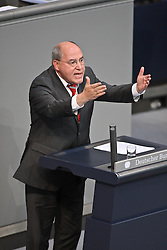 26.05.2011, Bundestag, Berlin, GER, Regierungserklärung zum G8-Gipfel, im Bild  Gregor Florian Gysi ( Linke MdB )   EXPA Pictures © 2011, PhotoCredit: EXPA/ nph/  Hammes       ****** out of GER / SWE / CRO  / BEL ******