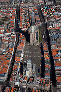 Nederland, Zuid-Holland, Delft, 20-03-2009; binnenstad, de Markt met onder in beeld het Stadhuis en de Waag, aan de andere kant van het plein de Nieuwe Kerk, de Markt. Air view on the Old Town of Delft. In the center the New Church on the Markt (the square)..Swart collectie, luchtfoto (toeslag); Swart Collection, aerial photo (additional fee required).foto Siebe Swart / photo Siebe Swart