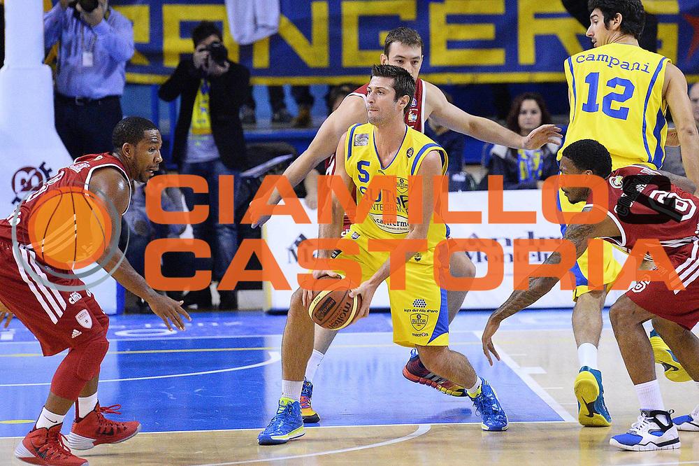 DESCRIZIONE : Porto San Giorgio Lega serie A 2013/14  Sutor Montegranaro Varese<br /> GIOCATORE : Cinciarini Daniele<br /> CATEGORIA : palleggio contocampo<br /> SQUADRA : Sutor Montegranaro<br /> EVENTO : Campionato Lega Serie A 2013-2014<br /> GARA : Sutor Montegranaro Pallacanestro Varese<br /> DATA : 23/11/2013<br /> SPORT : Pallacanestro<br /> AUTORE : Agenzia Ciamillo-Castoria/M.Greco<br /> Galleria : Lega Seria A 2013-2014<br /> Fotonotizia : Porto San Giorgio  Lega serie A 2013/14 Sutor Montegranaro Varese<br /> Predefinita :
