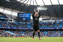 Kasper Schmeichel of Leicester City applauds the fans at full time - Mandatory by-line: Matt McNulty/JMP - 13/05/2017 - FOOTBALL - Etihad Stadium - Manchester, England - Manchester City v Leicester City - Premier League