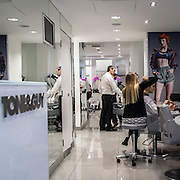 L'atelier in Curzon Street di Toni & Guy la catena internazionale di parrucchieri famosa nel mondo.<br /> <br /> Toni & Guy atelier in Curzon Street, the international company of hair stylists famous in the worldwide.