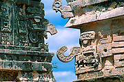 MEXICO, MAYAN, YUCATAN Chichén Itzá; Nunnery with 'Chac' details