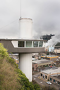 The Municipal Elevator in Oregon City is the only outdoor city elevator in the country and shuttles visitors  140 ft up and down. The observation deck on the top portion gives it a space ship apperance.