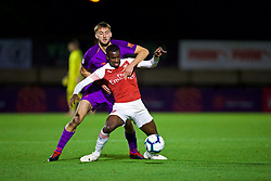 LONDON, ENGLAND - Friday, August 17, 2018: Liverpool's Nathaniel Phillips (left) and Arsenal's Eddie Nketiah during the Under-23 FA Premier League 2 Division 1 match between Arsenal FC and Liverpool FC at Meadow Park. (Pic by David Rawcliffe/Propaganda)
