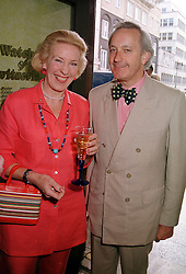 MR & MRS NEIL HAMILTON he is the former MP. <br /> at a party in London on 15th June 2000.OFI 39<br /> © Desmond O'Neill Features:- 020 8971 9600<br />    10 Victoria Mews, London.  SW18 3PY <br /> www.donfeatures.com   photos@donfeatures.com<br /> MINIMUM REPRODUCTION FEE AS AGREED.<br /> PHOTOGRAPH BY DOMINIC O'NEILL