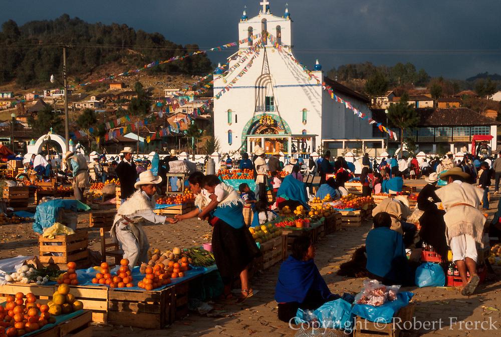 MEXICO, MAYAN, CHIAPAS San Juan Chamula; Tzotzil villagel