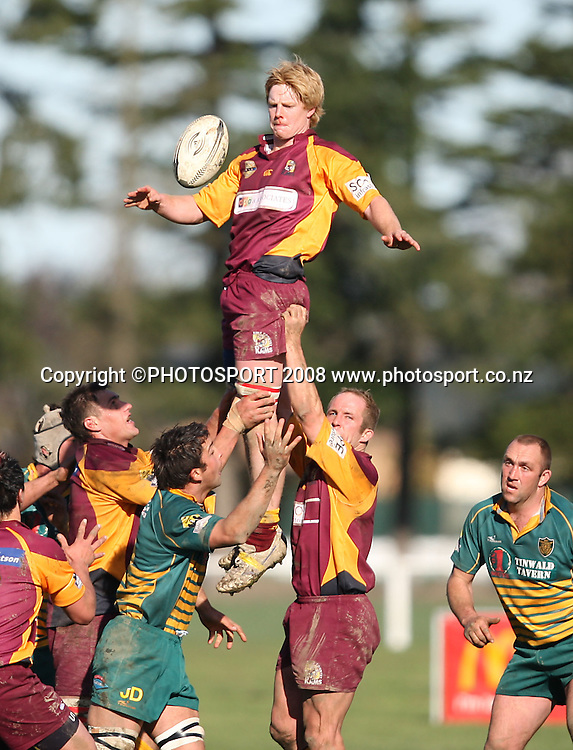 Sam Mason secures clean line-out ball for King Country.<br /> Heartland Championship, Mid Canterbury v King Country, Ashburton Show Grounds, Ashburton, Saturday 6 September 2008. Photo: Rob Jefferies/PHOTOSPORT