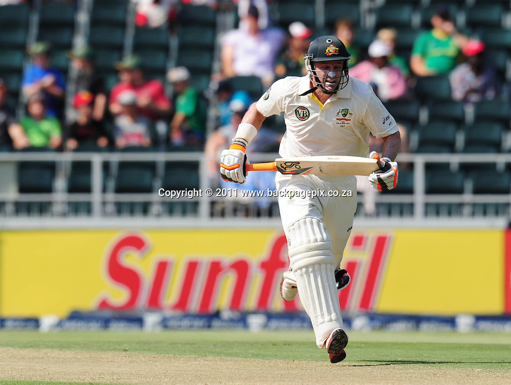 Michael Hussey of Australia between the wickets <br /> &copy; Barry Aldworth/Backpagepix