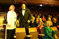 Mannheim. 11.02.18  <br /> Nationaltheater. Gro&szlig;e b&uuml;rgerschaftliche Auszeichnung &quot;Das Bloomaul&quot; an Rolf G&ouml;tz.<br /> Das Auswahlkomitee, darunter Bert Siegelmann, Achim Weizel und Marcus Haas, entschied sich f&uuml;r Rolf G&ouml;tz. Helen Heberer h&auml;lt die Laudatio.<br /> Bild-ID 068   Markus Pro&szlig;witz 11FEB18 / masterpress