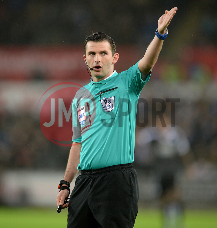 Referee Michael Oliver - Mandatory byline: Alex James/JMP - 05/12/2015 - Football - Liberty Stadium - Swansea, Wales - Swansea City v Leicester City - Barclays Premier League