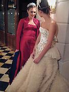 Tamara Ecclestone and Lauren Bush. Crillon Haute Couture Ball. Crillon Hotel, Paris. 2 December 2000. © Copyright Photograph by Dafydd Jones 66 Stockwell Park Rd. London SW9 0DA Tel 020 7733 0108 www.dafjones.com