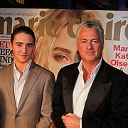 NLD/Amsterdam/20101111 - Inloop uitreiking Prix de la Mode 2010, advocaat Bram moszkowicz en zoon nathan