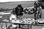 Lunch stop, People's  March for Jobs, Yorkshire and Liverpool to London. Stotfold to Letchworth 24/05/1981