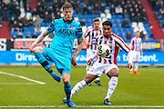 TILBURG - 19-02-2017, Willem II - AZ, Koning Willem II Stadion, AZ speler Wout Weghorst, Willem II speler Darryl Lachman