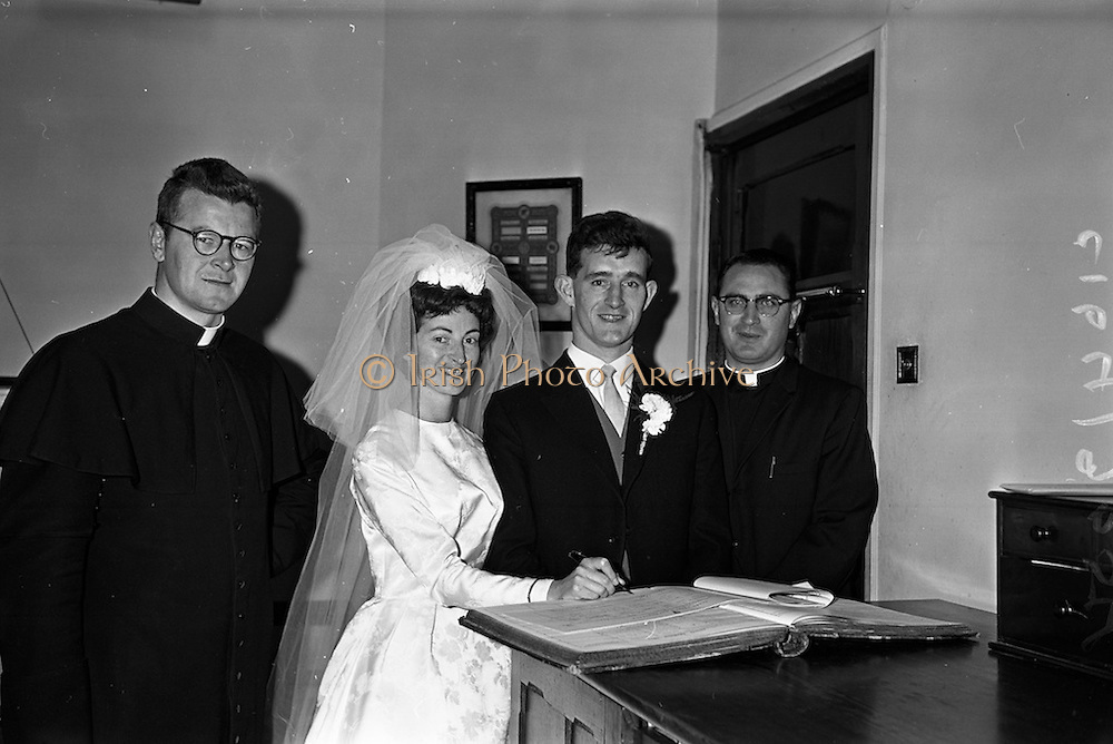 "05/09/1962<br /> 09/05/1962<br /> 05 September 1962<br /> Wedding of Fergus Keogh of ""Eagleville"", Strandville Avenue, Clontarf, Dublin to Miss Miriam Caffrey, Church Avenue, Drumcondra Dublin at the Church of the Visitation of the BVM, Fairview with reception at St. Lawrence Hotel, Howth. Mr. keogh was full-back for Bective Rangers at the time. The couple signing the register."