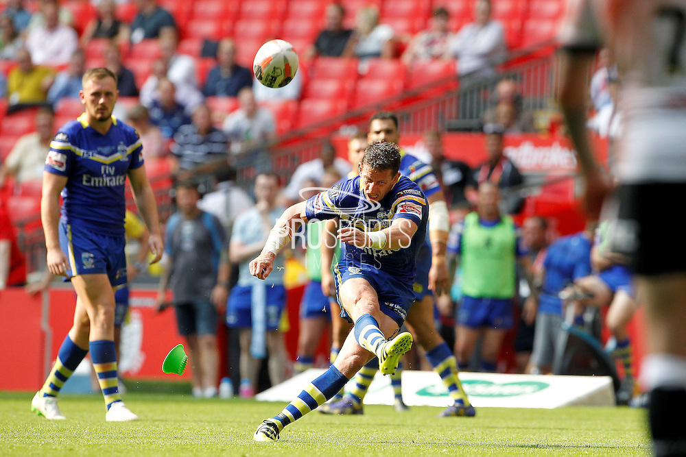 Warrington's Kurt Gidley misses a penalty in the first minutes of the second half during the Challenge Cup Final 2016 match between Warrington Wolves and Hull FC at Wembley Stadium, London, England on 27 August 2016. Photo by Craig Galloway.
