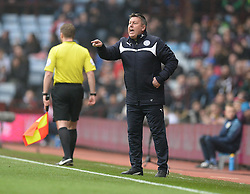 Leicester City's assistant manager, Craig Shakespeare gives players directions on the touchline.- Photo mandatory by-line: Alex James/JMP - Mobile: 07966 386802 - 15/02/2015 - SPORT - Football - Birmingham - Villa Park - Aston Villa v Leicester City - FA Cup - Fifth Round
