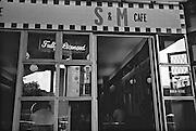 S&M Cafe