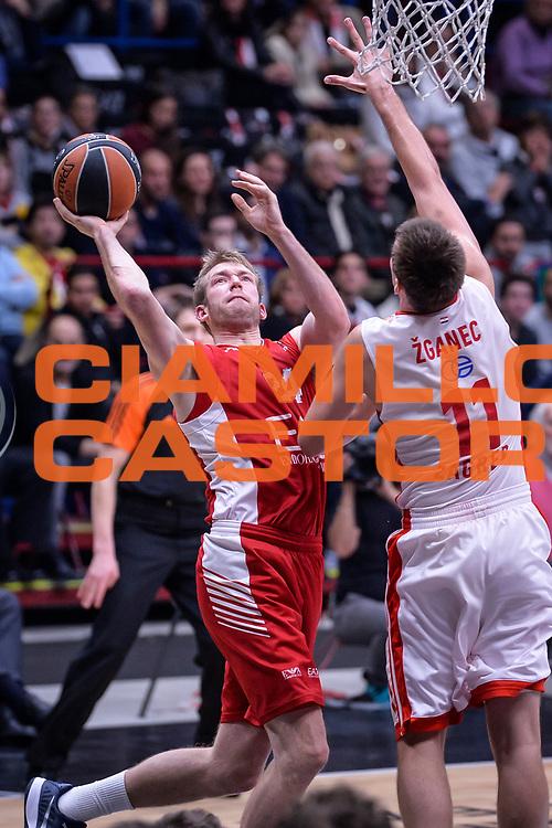 DESCRIZIONE : Milano Lega A 2015-16 Olimpia EA7 Emporio Armani Milano - Zagabria<br /> GIOCATORE : Robbie Hummel<br /> CATEGORIA : Tiro<br /> SQUADRA : Olimpia EA7 Emporio Armani Milano<br /> EVENTO : Campionato Lega A 2015-2016<br /> GARA : Olimpia EA7 Emporio Armani Milano - Zagabria<br /> DATA : 05/11/2015<br /> SPORT : Pallacanestro<br /> AUTORE : Agenzia Ciamillo-Castoria/M.Ozbot<br /> Galleria : Lega Basket A 2015-2016 <br /> Fotonotizia: Milano Lega A 2015-16 Olimpia EA7 Emporio Armani Milano - Zagabria