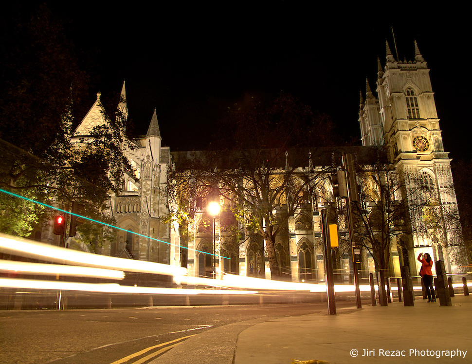UNITED KINGDOM ENGLAND LONDON 27NOV10 - General view of Westminster Abbey at night. It is the traditional place of coronation and burial site for British monarchs has a long tradition as venue for royal weddings...Prince William and Kate Middleton are set to have their wedding ceremony held here on April 29th, 2011...jre/Photo by Jiri Rezac..© Jiri Rezac 2010
