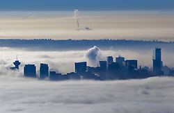 60632288<br /> Fog blankets over the city of Vancouver, Canada, Oct. 23, 2013. Thick fog that has blanketed B.C. s south coast for more than a week as a result of ridge of high pressure. Some flights and ferries cancellations, including traffic accidents were happened more frequently during these foggy days, Vancouver, Canada, Wednesday, 23rd October 2013. Picture by  imago / i-Images<br /> UK ONLY