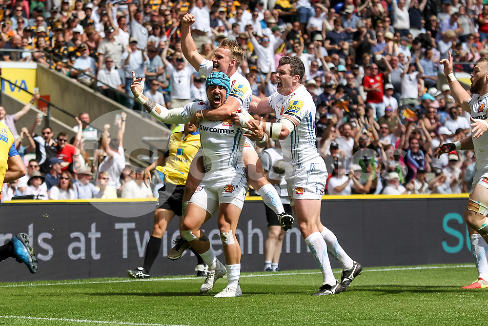 Jack Nowell of Exeter Chiefs scores the opening try to make it 0-5 during the Aviva Premiership play-off Final between Wasps and Exeter Chiefs at Twickenham Stadium, Twickenham, United Kingdom on 27 May 2017. Photo by Ken Sparks.