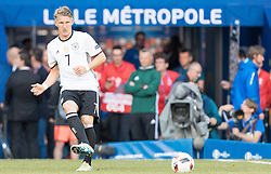 26.06.2016, Stade Pierre Mauroy, Lille, FRA, UEFA Euro 2016, Deutschland vs Slowakei, Achtelfinale, im Bild Bastian Schweinsteiger (GER) // Bastian Schweinsteiger (GER) during round of 16 match between Germany and Slovakia of the UEFA EURO 2016 France at the Stade Pierre Mauroy in Lille, France on 2016/06/26. EXPA Pictures © 2016, PhotoCredit: EXPA/ JFK