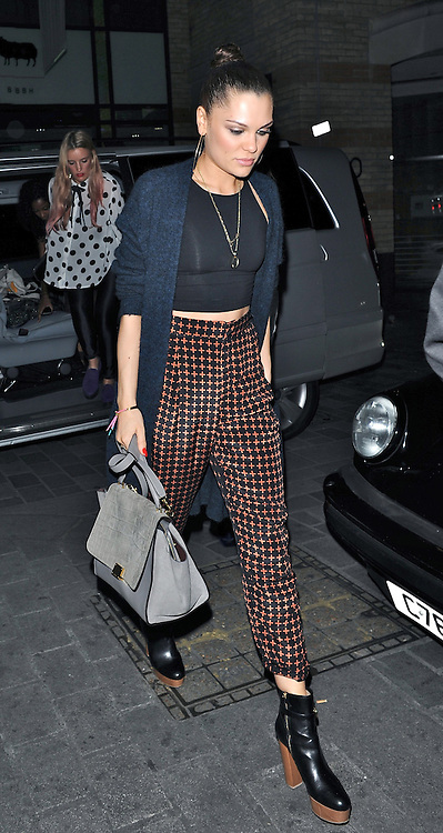 12.SEPTEMBER.2012. LONDON<br /> <br /> JESSIE J LEAVING CIRQUE DU SOIR NIGHT CLUB WITH A FRIENDS AT 2.30AM.<br /> <br /> BYLINE: EDBIMAGEARCHIVE.CO.UK<br /> <br /> *THIS IMAGE IS STRICTLY FOR UK NEWSPAPERS AND MAGAZINES ONLY*<br /> *FOR WORLD WIDE SALES AND WEB USE PLEASE CONTACT EDBIMAGEARCHIVE - 0208 954 5968*