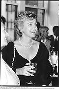 Tina Brown. Bob Colacello book launch party. New York. 1990<br />© Copyright Photograph by Dafydd Jones 66 Stockwell Park Rd. London SW9 0DA Tel 020 7733 0108 www.dafjones.com