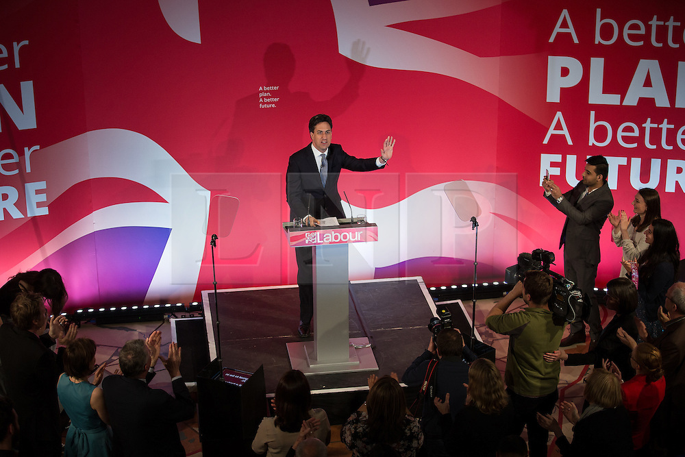 © Licensed to London News Pictures . 06/05/2015 . Leeds , UK . The leader of the Labour Party , ED MILIBAND , arrives to address an election rally at Leeds City Museum , on the eve of polls opening for the 2015 British general election . Photo credit : Joel Goodman/LNP