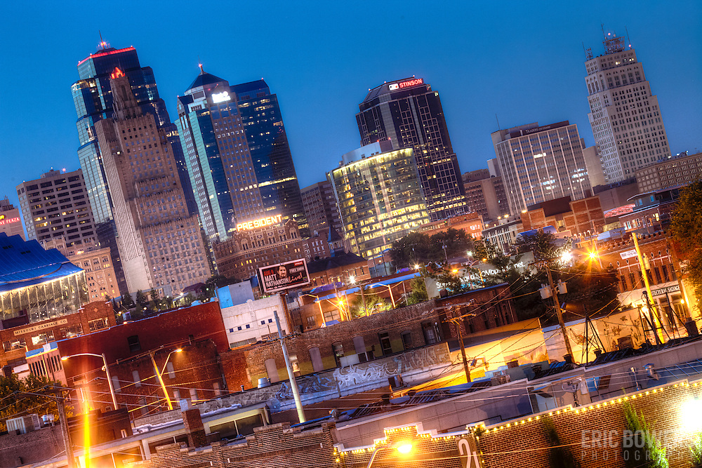 Kansas CIty, MO's downtown skyline view at dusk from the Crossroads District area along West Pennway.