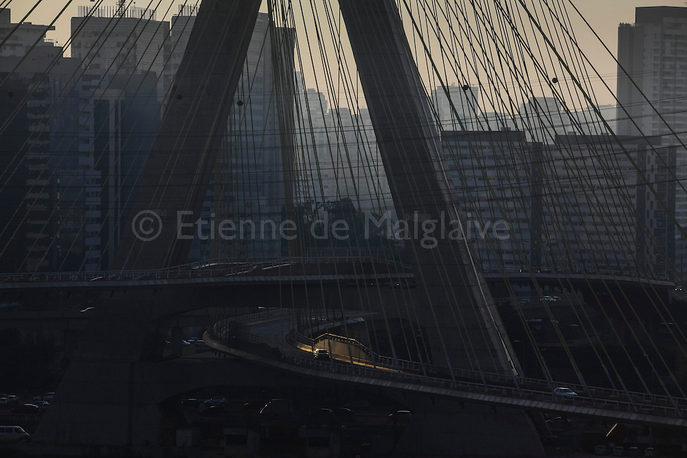 Morning view of the Octavio Frias de Oliveira Bridge, a cable-stayed bridge, that crosses Pinheiros River in São Paulo, Brazil. 05 May 2014.