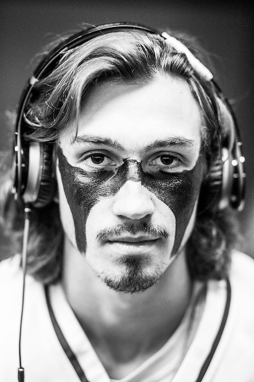 05/24/2015- Philadelphia, Penn. - Tufts attackman Cole Bailey, A15, shows off his eye black in the locker room at Lincoln Financial Field before the NCAA Division III Men's Lacrosse National Championship Game on May 24, 2015. (Kelvin Ma/Tufts University)