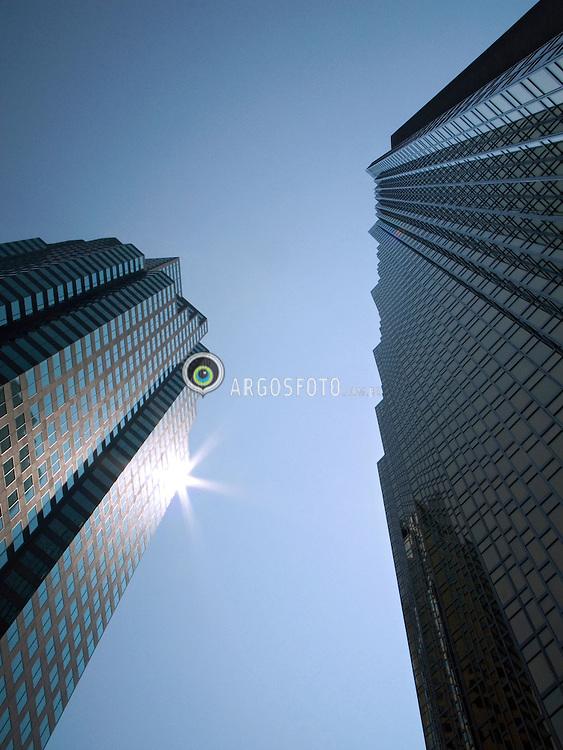 Toronto, ON, Canada    03/Junho/2005.Arquitetura urbana da  cidade de Toronto./ Urban architecture of the city of Toronto..Foto Marcos Issa/Argosfoto
